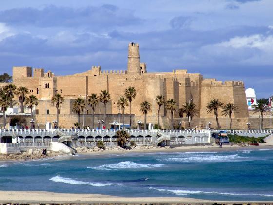 Ville de monastir tunisie tunisie vacances for Piscine demontable tunisie
